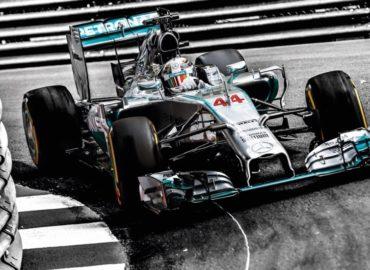 Mercedes iría con Vettel si Hamilton no renueva contrato