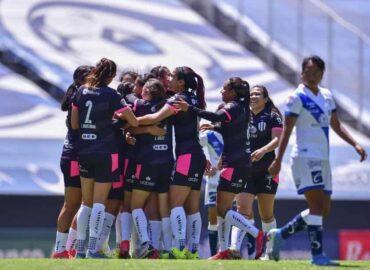 Rayadas sufre pero vence 3-2 a Puebla