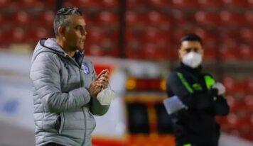 Cayó el primer DT del torneo; Altamirano dejó de ser entrenador de Querétaro