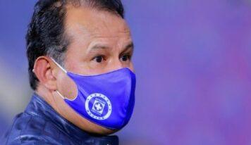 En Cruz Azul quieren ir por dos torneos más en el año para hacer historia