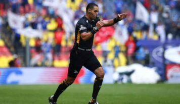 Exárbitros acusan a Ricardo Peláez de influir en designaciones arbitrales en su paso por América